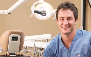dr-david-johnson-in-operatory